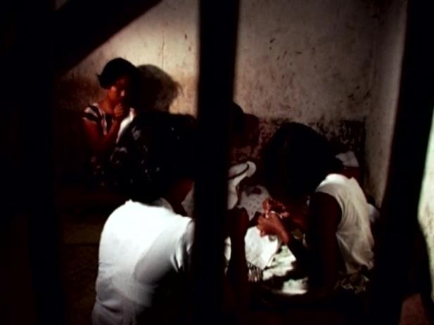 889cf-female2Bprisoners